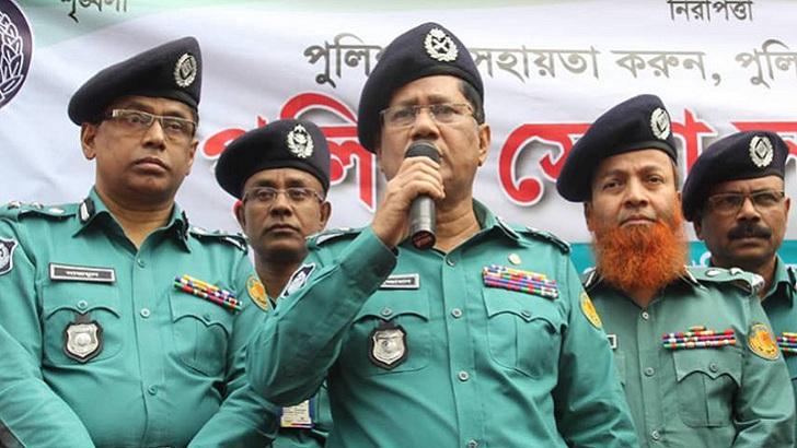 ডিএমপি কমিশনার আছাদুজ্জামান মিয়া। ছবি-সংগৃহীত