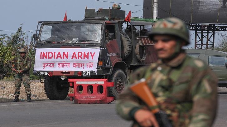 কাশ্মীরে ভারতীয় বাহিনীর সঙ্গে সংঘর্ষে ২ বিদ্রোহী নিহত
