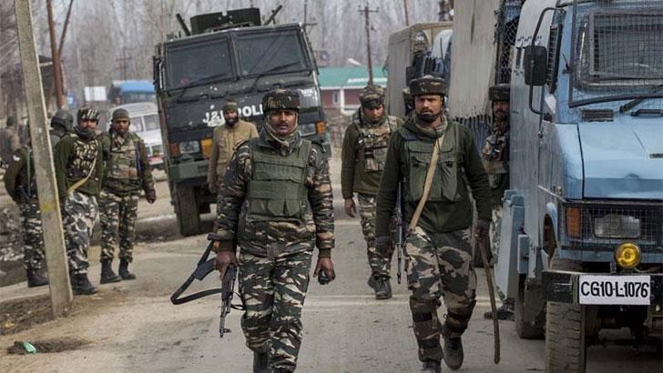 কাশ্মীরে ভারতীয় বাহিনীর নির্যাতনের স্টিম রোলার চলছে