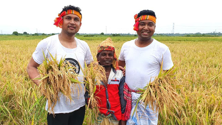 Chhatra League President Rezwanul Haque Chowdhury Assisted Secretary and General Secretary Golam Rabbani to grow paddy