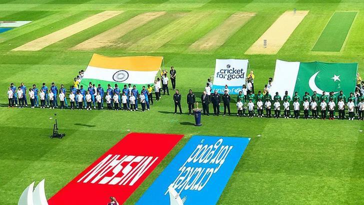 ভারত-পাকিস্তান দুই দেশের হয়েই ক্রিকেট খেলেছেন যারা