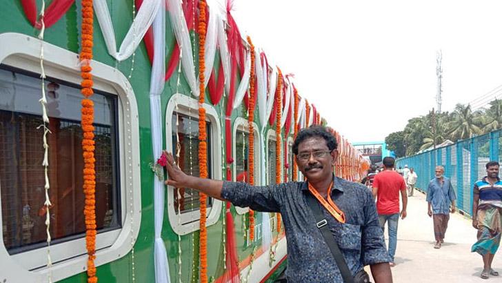 ঢাকা-বেনাপোল রেলরুটে  'বেনাপোল এক্সপ্রেস' চালু