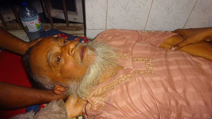 আহত নজরুল ইসলাম হাসপাতালে চিকিৎসাধীন