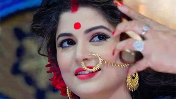 শ্রাবন্তী চট্টোপাধ্যায়।
