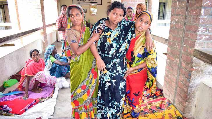 মহম্মদপুরে পাঙ্গাশ মাছ খেয়ে অন্তঃসত্ত্বাসহ ৪ জন হাসপাতালে