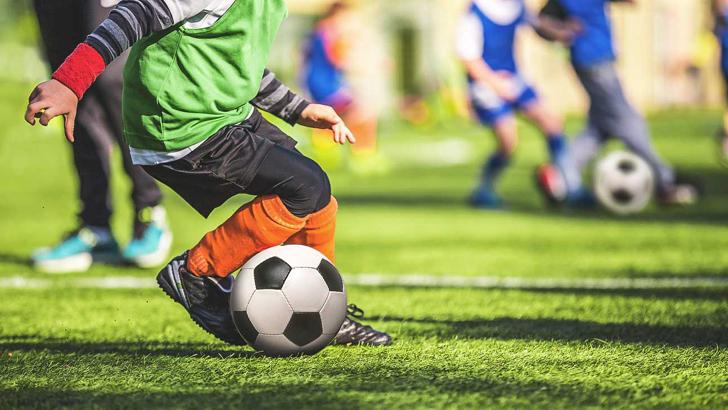 ফুটবল খেলা।