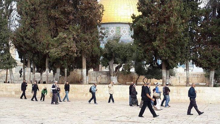 আল-আকসায় ফের শত শত কট্টরপন্থী ইহুদির অনুপ্রবেশ
