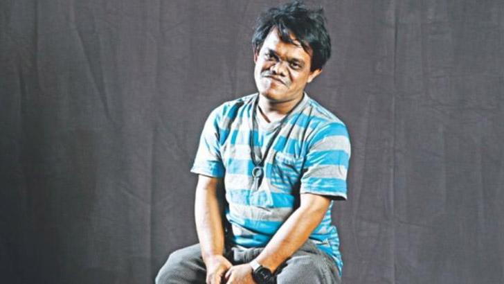 জনপ্রিয় অভিনেতা ও নির্মাতা হুমায়ূন সাধু