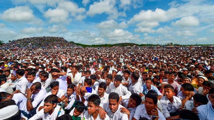 মিয়ানমার সরকারের বিরুদ্ধে রোহিঙ্গাদের সমাবেশ। ফাইল ছবি