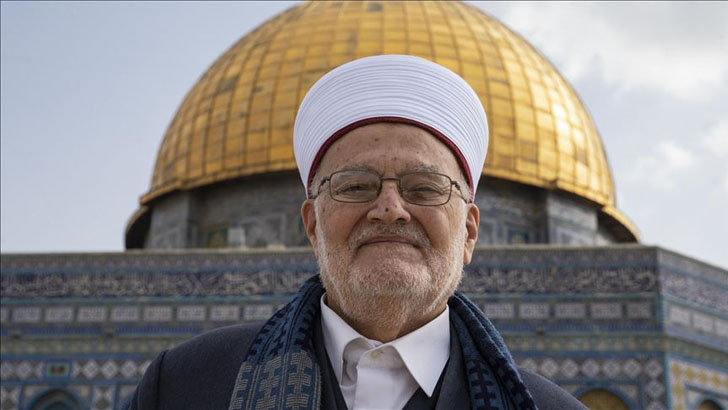 ইসরাইলি নিষেধাজ্ঞা প্রত্যাখ্যান করে আল-আকসায় গ্রান্ড মুফতি