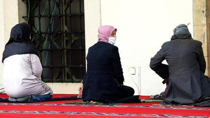 দীর্ঘদিন পর মসজিদে নামাজের অনুমতি দেয়া হচ্ছে ইতালিতে