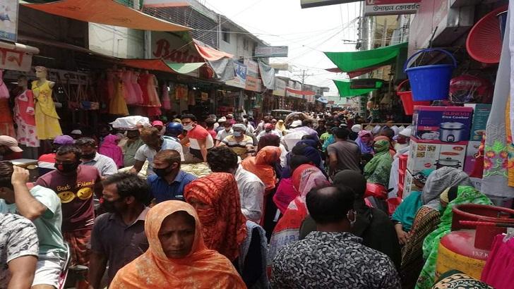 করোনাকালেও সৈয়দপুরে ঈদ কেনাকাটা জমজমাট