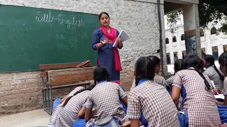 এক দিন পরপর স্কুলে যাবে পশ্চিমবঙ্গের শিক্ষার্থীরা