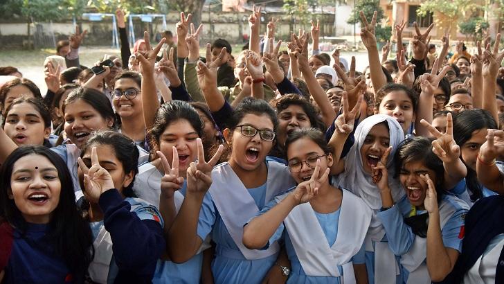 ১০৪ প্রতিষ্ঠানের সবাই ফেল, সবাই পাস ৩০২৩ স্কুলে