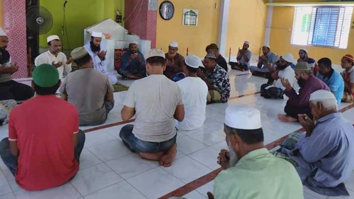 মাশরাফির সুস্থতা কামনা করে দোয়া মাহফিল
