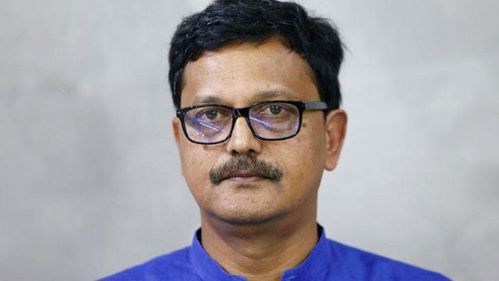 'আখের গোছানোকারীরা সরকারি কর্মকর্তাদের ওপর হামলা করে'