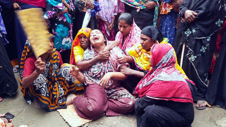 রাঙ্গাবালীতে নিহতদের বাড়িতে শোকের মাতম