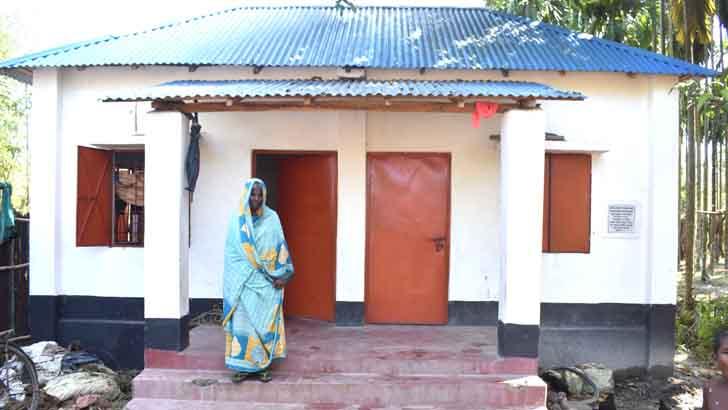 'স্বপ্নেও ভাবংনাই মোর পাকা বাড়ি হইবে'