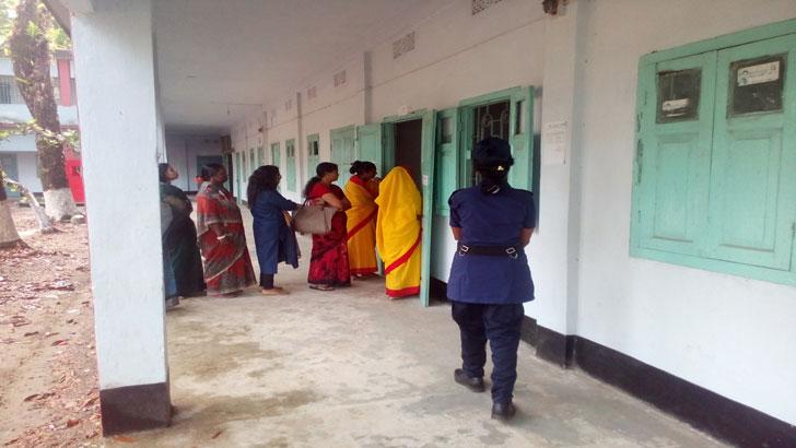 উপনির্বাচন: পাবনা-৪ আসনে ভোটগ্রহণ চলছে
