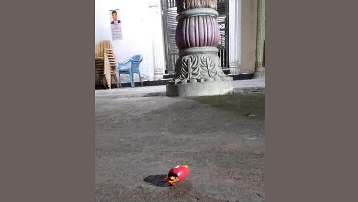 টঙ্গীতে আ' লীগ নেতা হেলালের বাড়িতে ককটেল বিস্ফোরণ