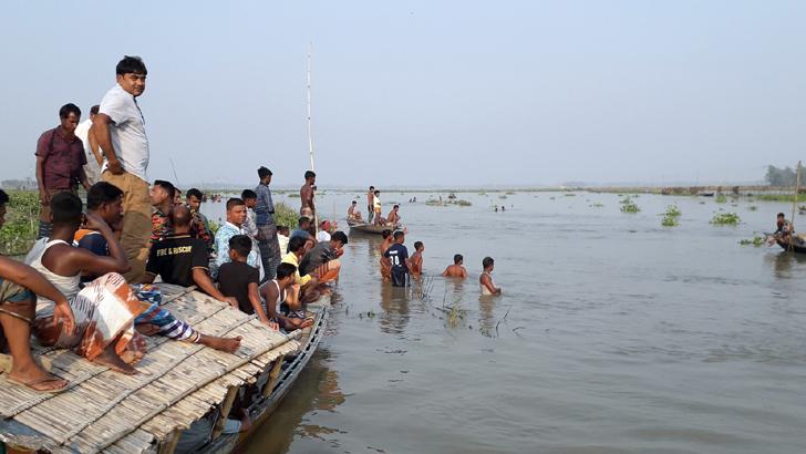 নদীতে মাছ ধরতে গিয়ে বাকপ্রতিবন্ধী যুবক নিখোঁজ