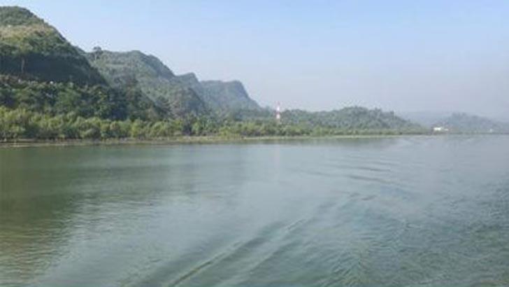 নাফ নদী