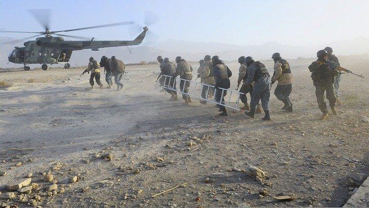 ইরাক-আফগানিস্তান থেকে সেনা কমাবেন ট্রাম্প