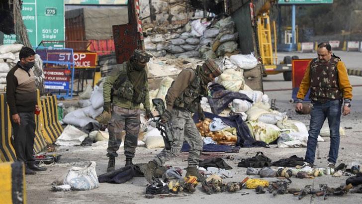 ভোরে ভারতীয় বাহিনীর গুলিতে ৪ কাশ্মীরি নিহত