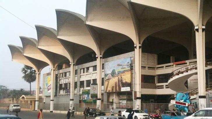 ভাঙ্গা পড়ছে কমলাপুর রেলস্টেশন!