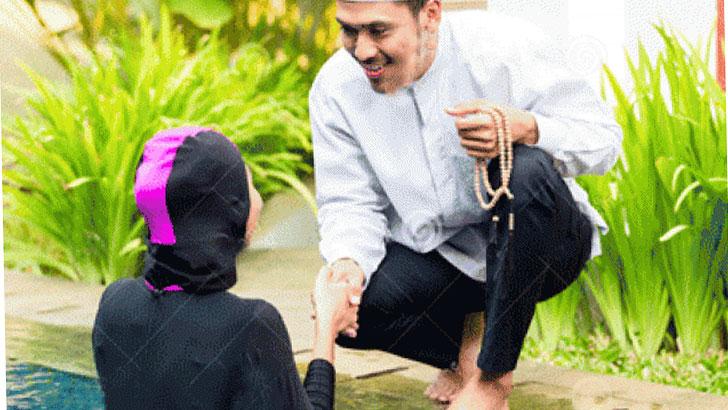 নারী কি মুসাফাহা ও কোলাকুলি করতে পারবেন?