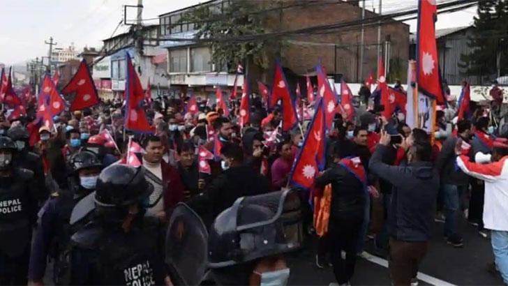 রাজতন্ত্র ফেরানো নিয়ে সরগরম নেপালের রাজনীতি