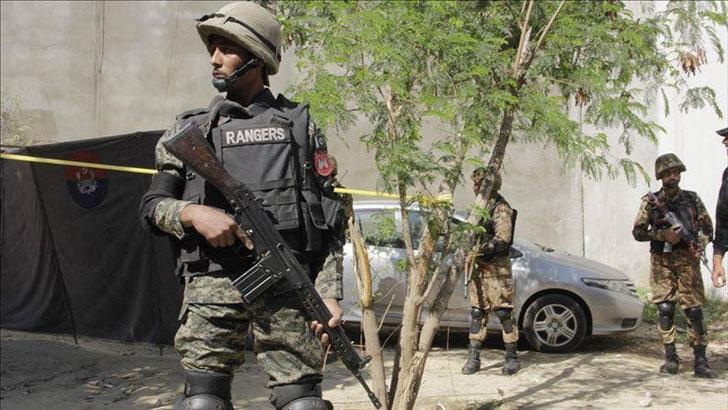 কাশ্মীর সীমান্তে গোলাগুলিতে পাকিস্তানি সেনা নিহত