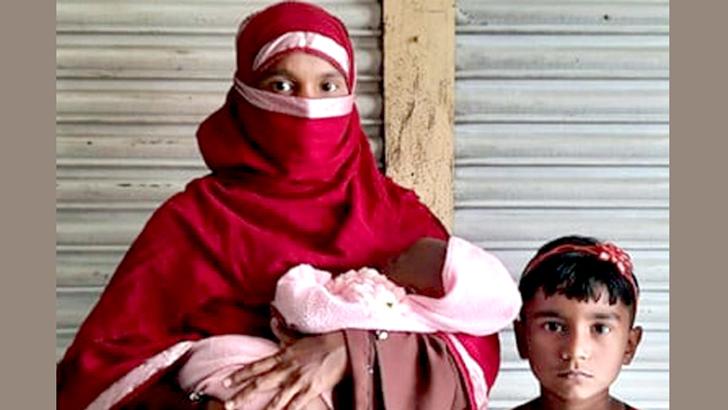 পরপর দুই কন্যাসন্তান জন্ম, স্ত্রীকে তালাক দিল স্বামী