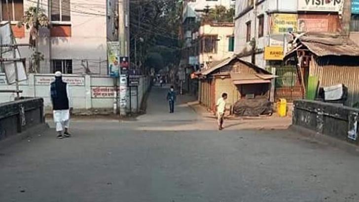 থমথমে কোম্পানীগঞ্জ