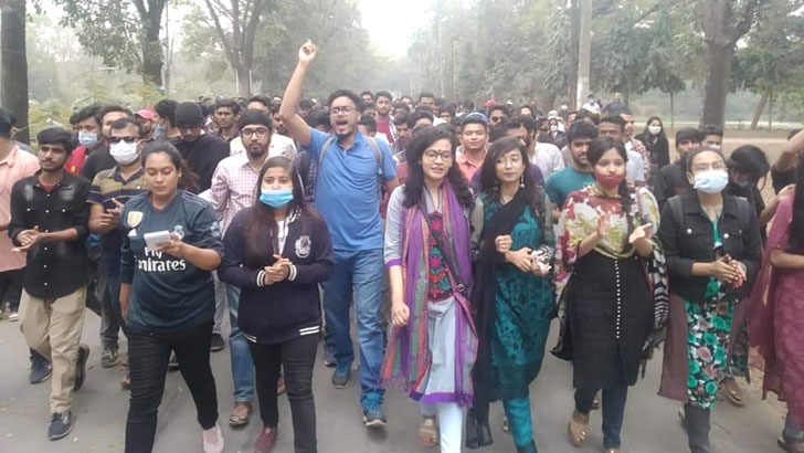 'সরকারের কাছে রিপোর্ট রয়েছে, বিশ্ববিদ্যালয় খুলে দিলেই আন্দোলন হতে পারে'