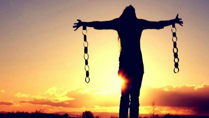 নারী হয়ে উঠুক শক্তির প্রতীক