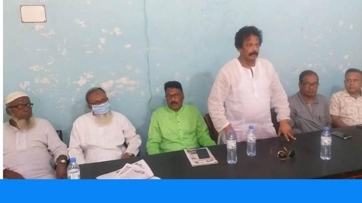 কেশবপুরে সাংবাদিক পরিবারের ওপর জামাল বাহিনীর হামলার প্রতিবাদ