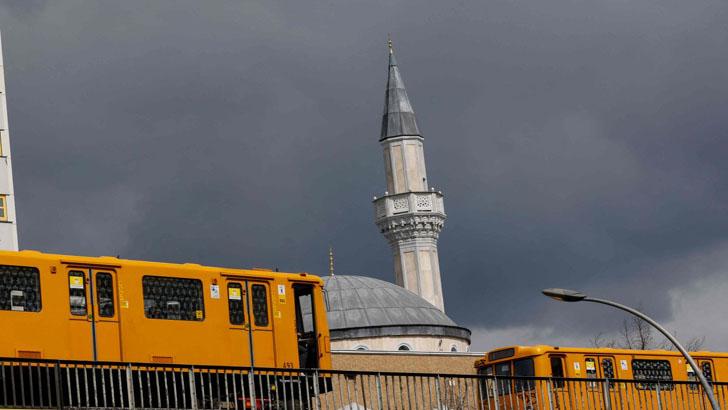 জার্মানিতে মুসলিম জনসংখ্যা বেড়ে ৫৫ লাখে দাঁড়িয়েছে