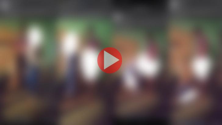 প্রাইভেট পড়াতে গিয়ে ছাত্রীর সঙ্গে শিক্ষকের কাণ্ড, ভিডিও ভাইরাল