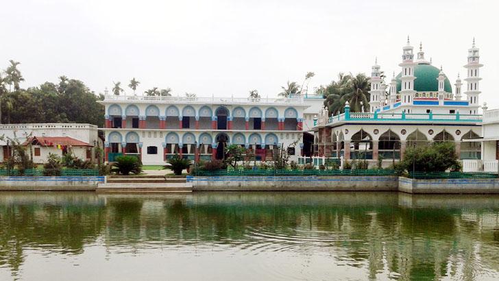 সাতকানিয়া মির্জাখীল দরবার শরীফ