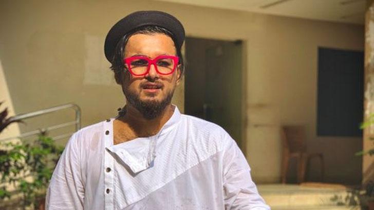 এবার 'অভিনয়' গানের পরিচালককে নিয়ে নোবেলের 'কুরুচিপূর্ণ' স্ট্যাটাস