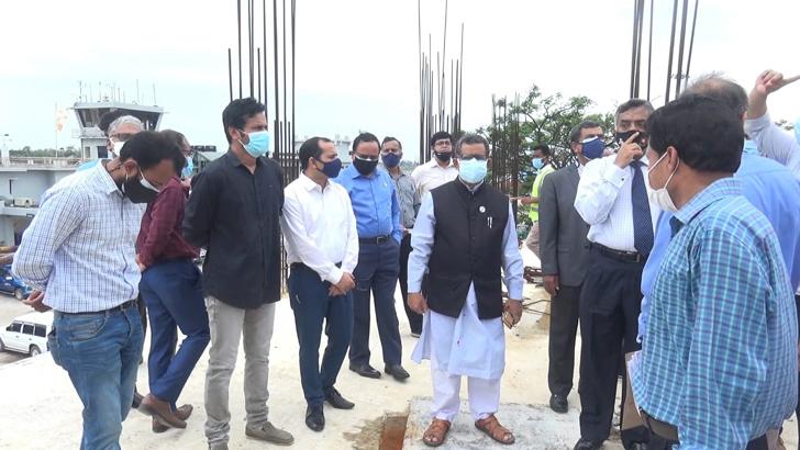 কক্সবাজার বিমানবন্দরের চলমান উন্নয়ন কাজ পরিদর্শন করেন মাহবুব আলী