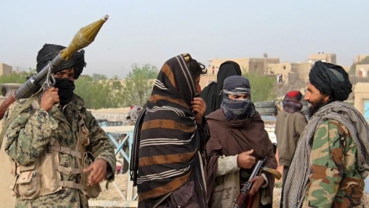 সর্বশেষ ২৪ ঘণ্টায় আফগানিস্তানের সরকারি বাহিনী এবং তালেবানের মধ্যে অন্তত ৮০টি জেলায় ব্যাপক সংঘর্ষ হয়েছে