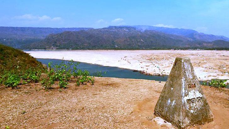 জাদুকাটা নদী