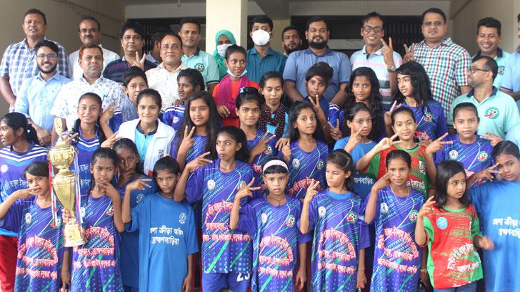 ব্রাহ্মণবাড়িয়ার বাঞ্ছারামপুরে ক্যাপ্টেন এবি তাজুল ইসলাম ফুটবল একাডেমির