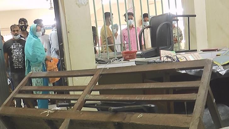 শ্রমিকের মৃত্যু, মাদারীপুর সদর হাসপাতালে স্বজনদের তাণ্ডব