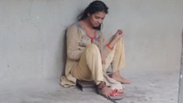 শিকলে বাঁধা মৌসুমীর দায়িত্ব নিলেন এমপি সবুজ