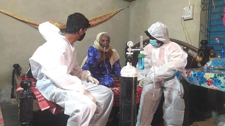 দুর্গাপুরে বিনামূল্যে অক্সিজেন সেবা দিচ্ছে এসবি ফাউন্ডেশন