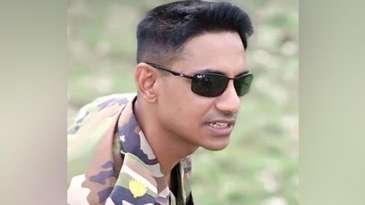 সেনাবাহিনীর অবসরপ্রাপ্ত মেজর সিনহা মোহাম্মদ রাশেদ খান