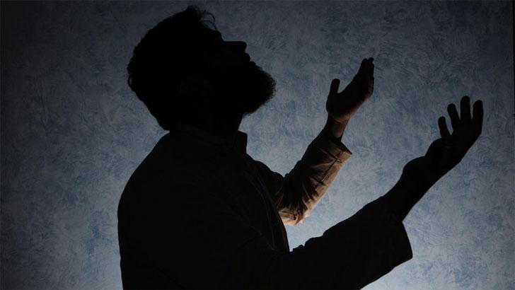 ক্ষমা একটি মহৎ গুণ। মানুষের মধ্যে মহৎ গুণের অন্যতম একটি গুণ হচ্ছে 'ক্ষমাশীলতা' সর্বোৎকৃষ্ট এ গুণ মানুষকে মহৎ বানায়। সম্মান বাড়ায়। পরস্পরের মধ্যে ভালোবাসার বন্ধন দৃঢ় করে।